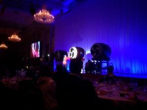 そして、今回の主役である三國シェフもステージに上がり、お弟子さんと一緒に力強い太鼓を 演奏しました。心に響く太鼓音でした!
